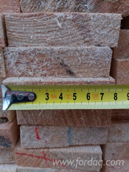 Ukrainian KD rough sawn pine boards