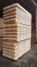 Fresh Sawn Pine Poles, 75-150 mm