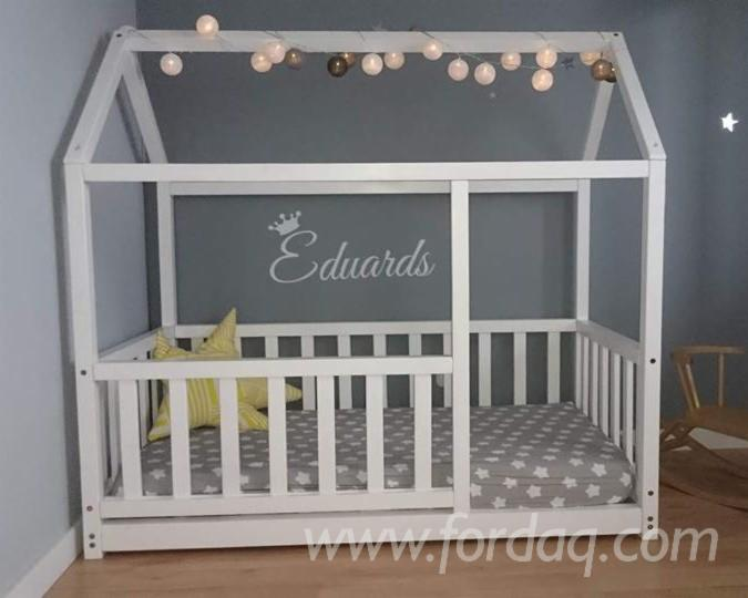 Tilia Twin House White Bed (Railings), 700-900 mm