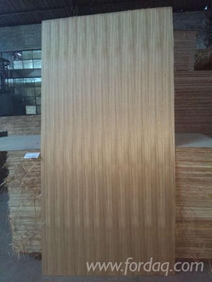 3-6mm-AA-Grade-natural-teak-plywood-with-eucalyptus-core-for-furniture
