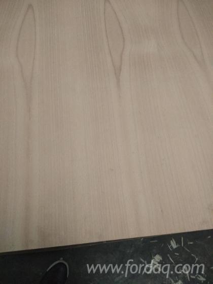 Vend Contreplaqué Décoratif (replaqué) Hêtre 1.9-25 mm Chine