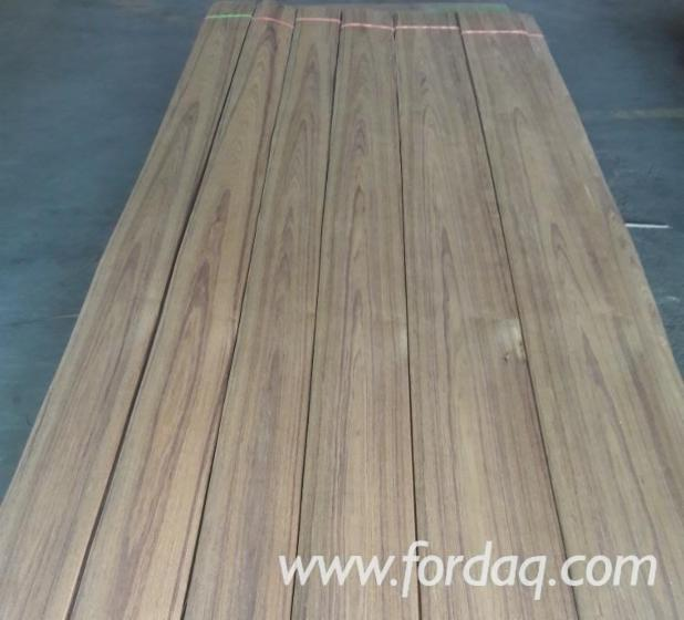 Burma-Teak-Natural-Sliced-Veneer-%28Flat-Cut%29