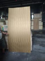 Teak Natural Plywood (Eucalyptus Core), 2-18 mm