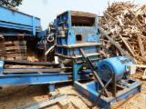 WEST SALEM Woodworking Machinery - Used West Salem 2432BH Hogger/Shredder, 2001
