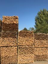 Find best timber supplies on Fordaq - Mayer-Fischer Holz und Handel GmbH - Acacia Stakes