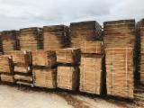 Fresh Cut Oak Staves, 22-27 mm