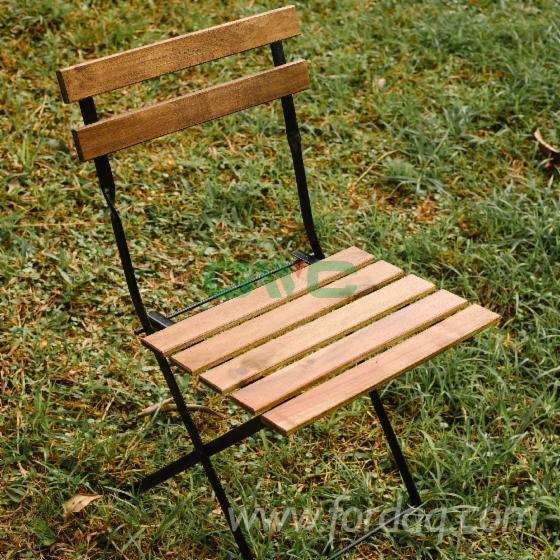 Vend-Chaises-De-Jardin-Meubles-En-Kit---%C3%80