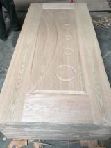 Sapele Veneer Faced Mould HDF Door Skin