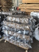 Pellet – Briket – Mangal Kömürü Ahşap Briketler Kayın