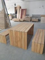 Siberian Larch Contemporary Garden Set (Table+Benches)