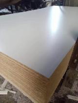 Vend Panneaux De Particules - Aggloméré 6-25 mm Stratifié