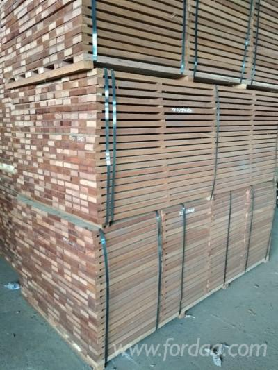 KD-Sipo-Sawn-Timber-%28Planks%29