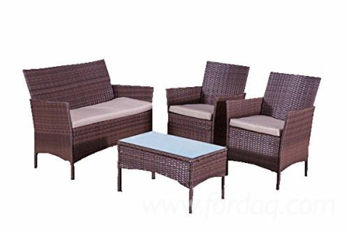 Rattan---Metal-Frame-4-Pieces-Garden-Set-%28DIY