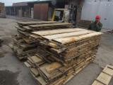 Ash Lumber 26mm ABC, Unedged, KD, barked - Croatia