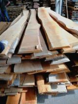 KD Beech Unedged Lumber, Lightly Steamed, AB Grade, 26 mm