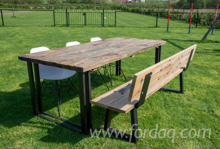 Groothandel in tafels van oud grenen en eiken
