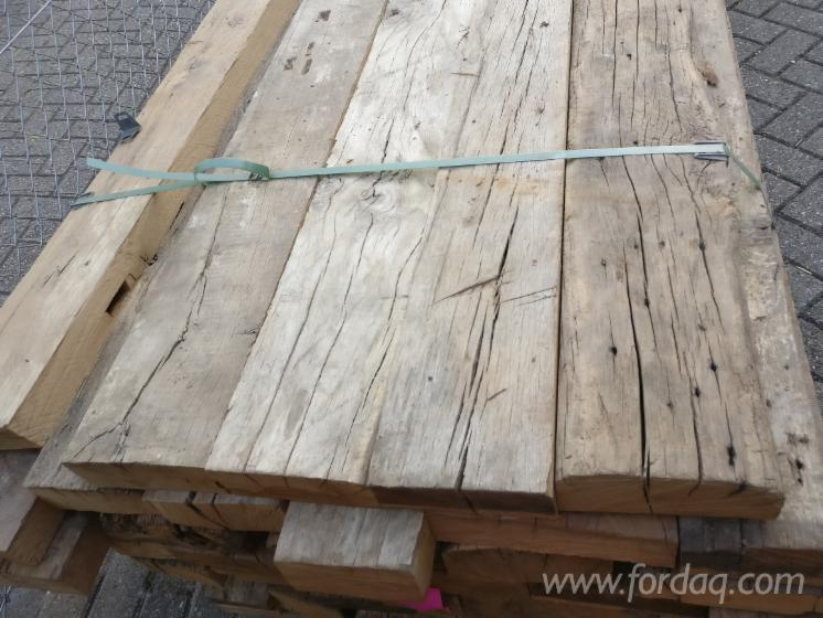 Old-oak-beams-and-boards