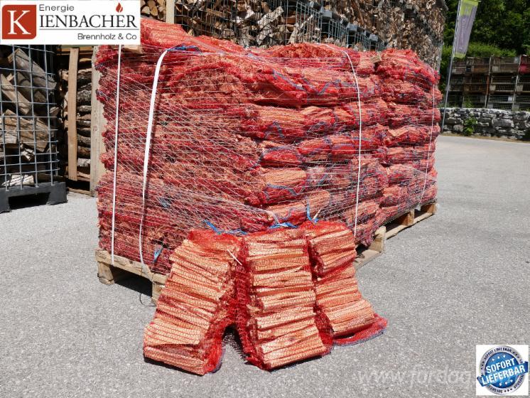 Anzündholz für Wiederverkäufer 10dm³ Netz 96 Stück pro Palette