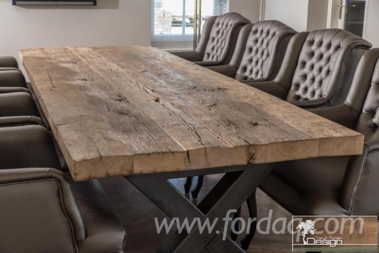 Oak Half-Edged Boards from Ukraine