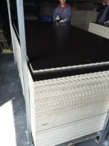 Double Sided Melamine Coated Plywood, 16-18 mm