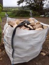 Beech Cleaved Firewood/Woodlogs, 1000 m3/spot