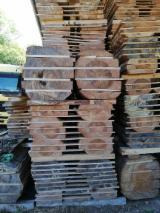 Vender Tábuas Com Cantos Inacabados (loose) Pinus - Sequóia Vermelha 27-120 mm