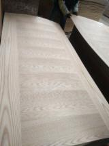Oak Natural Wood Veneer Door Skin Panels, 2.7-4.2 mm