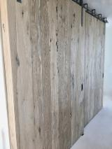 Antique wood panels for cladding