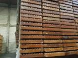 Vender Decking Anti-derrapante (2 Lados) Bangkirai