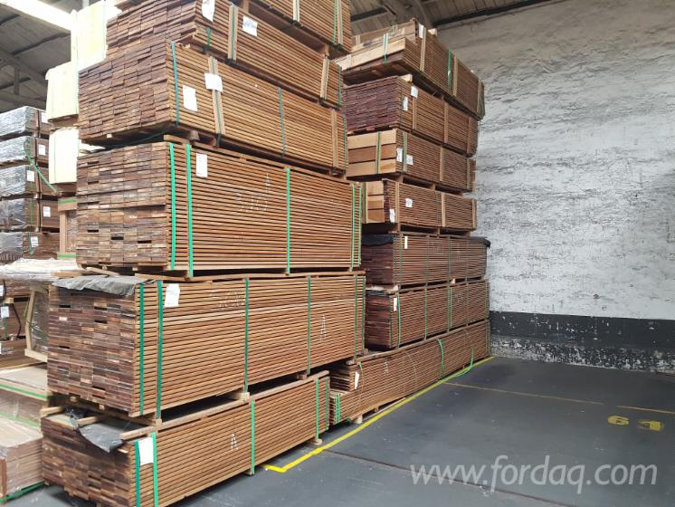 Ipe-AD-Decking--E4E
