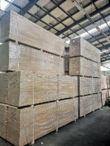 Oak Glued/FJ Solid Wood Panels, 20-40 mm