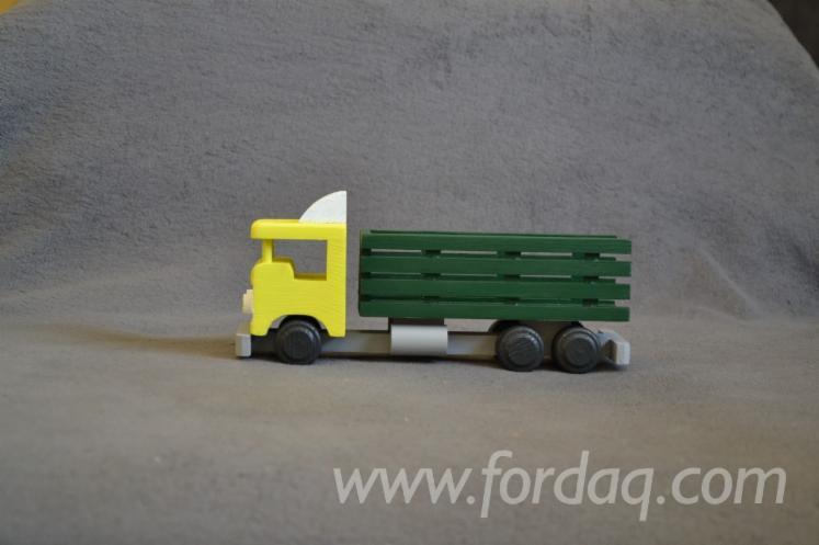 Houten Speelgoed, Kunst & Ambacht / Missie
