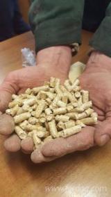 DINplus Softwood Pellets (Fir)