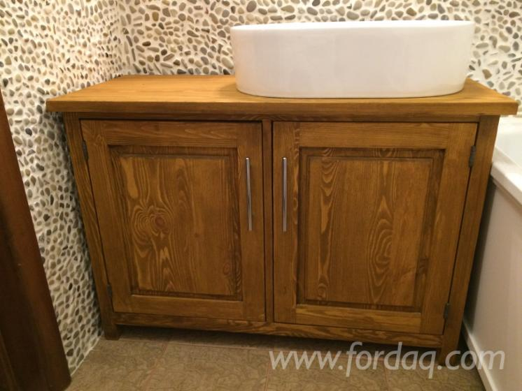 Pine-Traditional-Cabinets