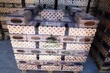 Vender Briquets De Madeira Carvalho Turco Odessa Ucrânia