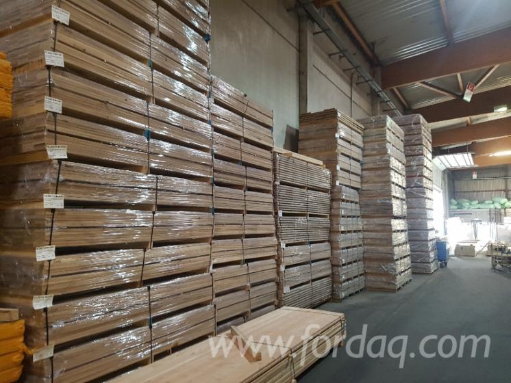 Oak-FSC-100--KD-Decking-%28S4S-E4E-R3%29--Rustic
