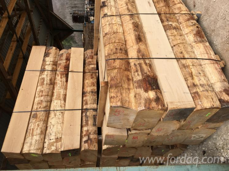 Fresh-Sawn-Oak-Half-Edged-Boards