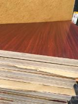 Laminated Melamine Plywood with E0 Glue for Furniture Decoration