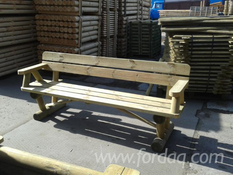 Pine-Garden-Bench-with-Backrest-and-Armrests