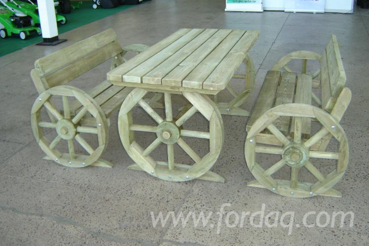 Pine-Traditional-Garden-Furniture