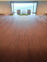 批發  防滑地板(单面) 塞尔维亚 - 枫, 高温处理, 防滑地板(单面)