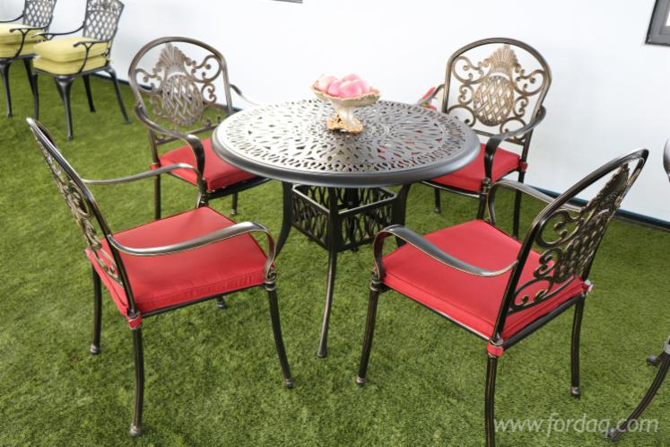 Vendo-Set-Da-Giardino-Design-Altri-Materiali