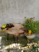 Meubels en Tuinproducten - Tafels, Kunst & Ambacht / Missie, 1 - 1 stuks per maand