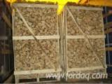 Vender Lenha / Troncos Clivada Abeto Siberiano, Pinus - Sequóia Vermelha, Abeto - Whitewood ENplus Ucrânia