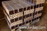 Vender Briquets De Madeira Abeto , Pinus - Sequóia Vermelha, Abeto - Whitewood Ucrânia