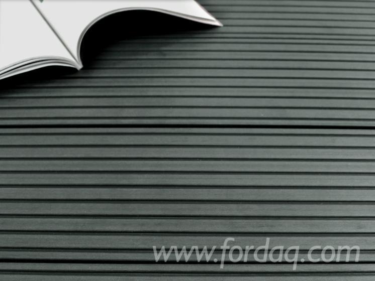 Kahrs-WPC-Terrassendielen--25x145-mm--Grau--grob-fein--geb%C3%BCrstet