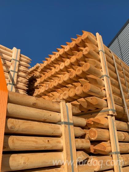 Vender Madeira Redonda Aparada De Forma Cilíndrica Pinus - Sequóia Vermelha Letônia