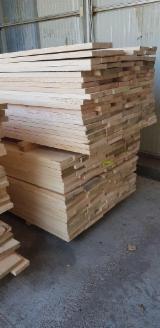 Weiße Esche - Schnittholz, parallel besäumt, KD