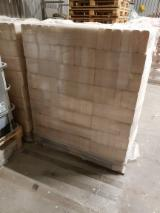 Softwood RUF briquettes for sale