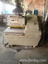 Woodworking Machinery - CML SCA 450 Log Conversion and Resawing Machines, 1990